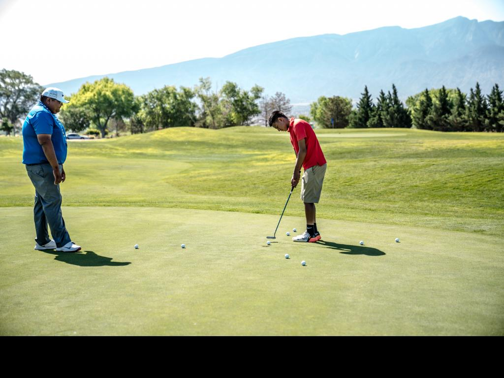 Golf lessons – which golf lessons will improve your golf game drastically